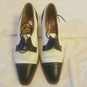 Brooks brothers chunky short heels size 7